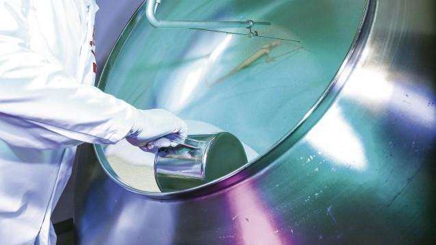 Bei der DHU werden homöopathische Arzneimittel im Industriemaßstab hergestellt. (Foto: DHU)