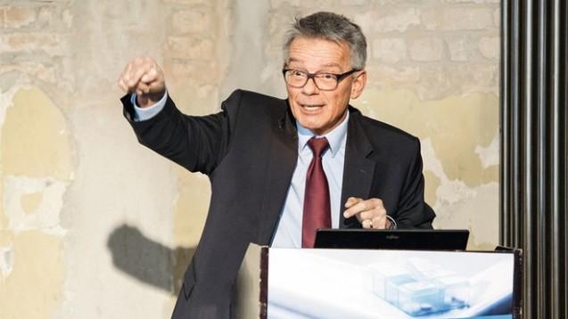 G-BA-Chef Josef Hecken will strengere Vorgaben für die Alternativmedizin. (Foto: TK)