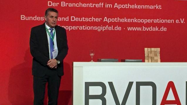 Für das Rx-Versandverbot: Stefan Hartmann, Vorsitzender des BVDAK, sagte auf dem Kooperationsgipfel 2017, dass die Arzneimittelpreisverordnung unbedingt erhalten werden müsse. (Foto: diz)