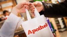 """Positive Zwischenbilanz zur Apotheken-Aktion """"Eine Tüte Sicherheit"""". (Foto: pix4U/Fotolia)"""