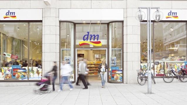 dm-Chef Erich Harsch beobachtet den Arzneimittelmarkt genau. (Foto: Unternehmen)