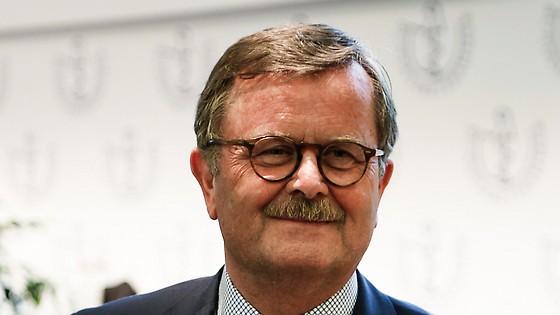 Frank Ulrich Montomery wurde erneut – mit weniger Stimmen – zum Präsidenten der Bundesärztekammer gewählt. (Foto: jardai/modusphoto)