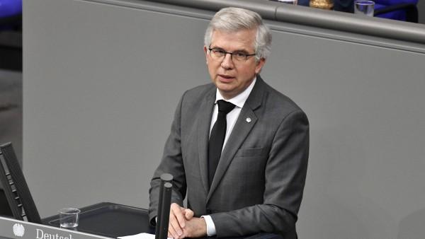 """Ullmann (FDP): Antigentest-Preisverordnung hat """"nur Schaden verursacht"""""""