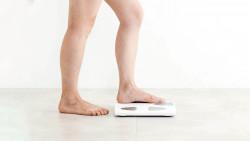 Einer aktuellen Analyse zufolge wirken 100 Milligramm ASS zur Kardioprotektion nur bei Personen, die leichter als 70 Kilogramm sind. (s / Foto: Imago)