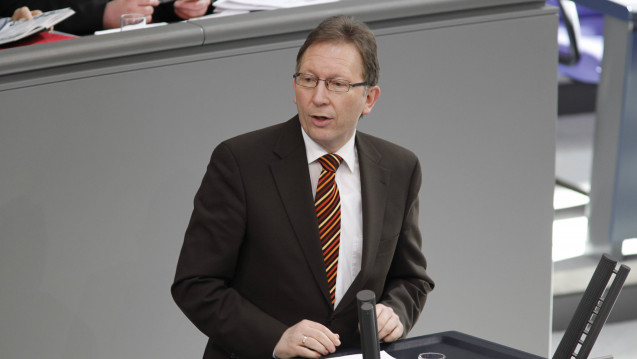 CDU-Politiker Erwin Rüddel möchte durch Cannabis-Modellversuche herausfinden, welche Auswirkungen eine Legalisierung haben könnte. (c / Foto: imago)