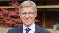 Dr. Elmar Mand betont: Für deutsche Apotheken ändert sich nach dem anstehenden EuGH-Urteil rechtlich nichts – egal, wie es ausfallen wird. (Foto: Baumgart/AVB)
