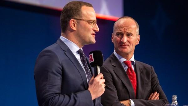 Spahn will Boni-Deckel für EU-Versender, Apotheker bekommen mehr Geld