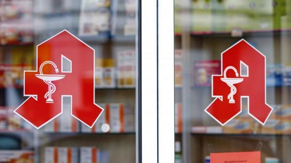 Funke: Im Zweifelsfall lieber einen Angehörigen in die Apotheke schicken