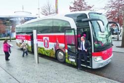 D0512_Henke_Bus_seite.jpg