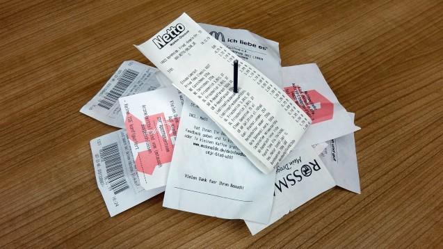 Kassenzettel aus der Apotheke sind häufig auch datenschutzrechtlich kritisch. (b/Foto: imago images / Steinach)