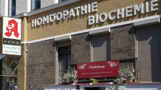 Beim diesjährigen FIP-Weltkongress(Fédération Internationale Pharmaceutique) in Glasgow gab es eine Abstimmung zur Apothekenpflicht homöopathischer Produkte. (m / Foto: Imago)