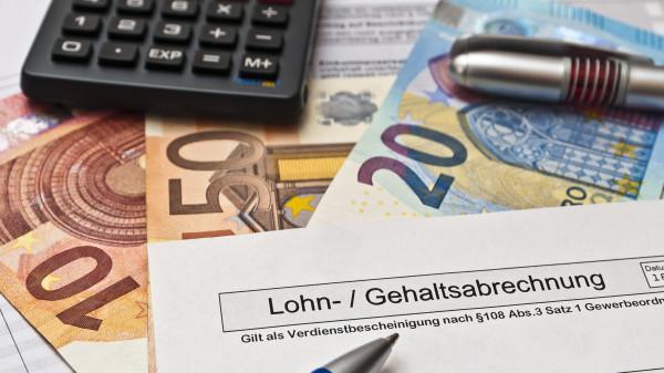 Retax-Summe vom Gehalt abziehen – ist das erlaubt?