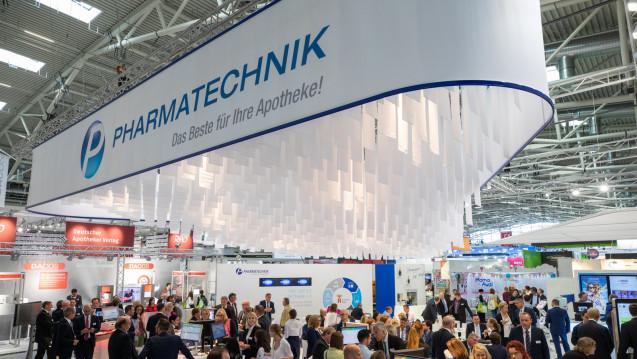Pharmatechnik stellt auf der Messe seine Neuerungen vor. (s / Foto: Schelbert)