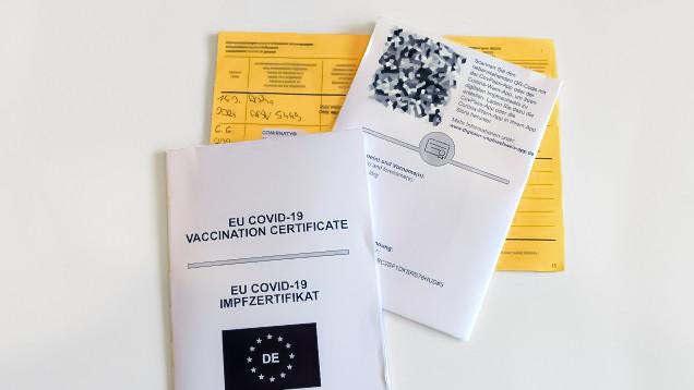 Apotheken erstellen vielerorts bereits digitale Impfnachweise für die COVID-19-Impfung. (s / Foto: IMAGO / Revierfoto)