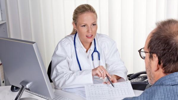 Auch der Arztberuf wird weiblich