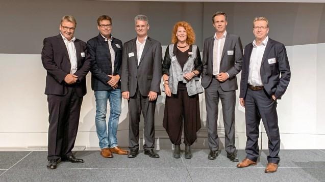In Stuttgart fand eine Info-Veranstaltung zum E-Rezept-Modellprojekt GERDA statt. Mit dabei waren (v.l.nr.): Kammer-Geschäftsführer Dr. Karsten Diers, NGDA-Chef Christian Krüger, ADAS-Vorstand Stephan Haux, LAV-Geschäftsführerin Ina Hofferberth, ADAS-Vorstand Lars Polap und Frank Dambacher, Syndikusanwalt des LAV. (b/Foto: LAK BW)
