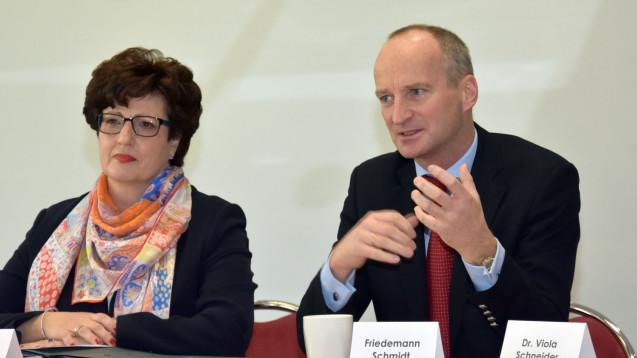 Hessens Kammerpräsidentin Funke hat ABDA-Präsident Schmidt zur Delegiertenversammlung nach Frankfurt eingeladen. ( Foto: LAK Hessen)