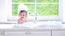 Hygiene-Mängel können eine Ausbreitung der Skabies zwar begünstigen, dennoch kann sie jeden treffen und lässt sich nicht allein durch Hygiene bekämpfen. (Foto: famveldman / stock.adobe.com)
