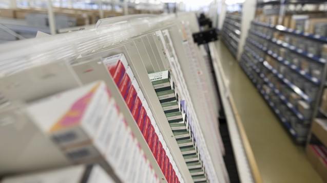 Der Schweizer Pharmahandelskonzern Zur Rose steckt weiter in den roten Zahlen und hofft auf das E-Rezept. (m / Foto: dpa)
