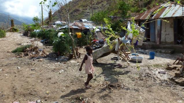 Haiti nach dem Hurrikan: Apotheker ohne Grenzen will weiter vor Ort helfen. (Foto: AoG-Archiv / Bettina Rüdy)