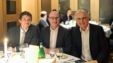 Dr. Christian Ude (links) und Prof. Dr. Robert Fürst (Mitte) wurden neu in den Wissenschaftlichen Beirat berufen, Prof. Dr. Theo Dingermann ist nun ausgeschieden. ( r / Foto: U. Funke)