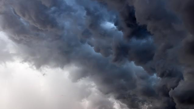 Eher wolkig statt heiter schätzen Deutschlands Apotheker ihre Geschäftslage ein. (Foto: neofile/stock.adobe.com)