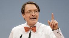 Der SPD-Gesundheitspolitiker Karl Lauterbach kann sich grundsätzlich vorstellen, dass Apotheker impfen, will es aber nur unter ärztlicher Anleitung zulassen. (Foto: Imago)