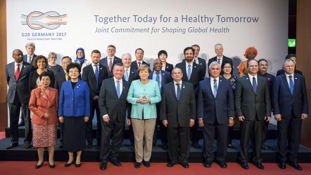 Großes Treffen der G20-Gesundheitsminister in Berlin – auch Kanzlerin Angela Merkel ist mittendrin. (Foto: BMG/Inga Kjer - photothek)