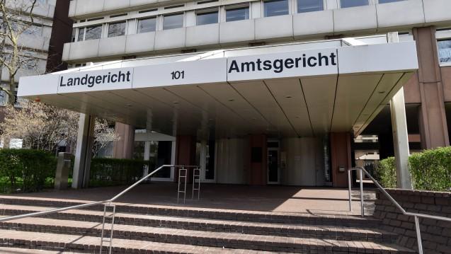 Einbe Kölner Apothekerin wurde vom Amtsgericht Köln zu einer Haftstrafe auf Bewährung und einer Geldstrafe verurteilt. Konkret ging es um die illegale Abgabe von Dopingmitteln, die illegale Belieferung chinesischer Rezepte, Unregelmäßigkeiten in der Rezeptur. ( r / Foto: Imago)
