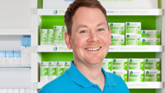 Der Sasbacher Apothekenleiter wünscht sich eine Versachlichung der Homöoathie-Debatte (Foto:Michael Becker)