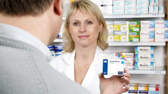 Pfizer selbst hält es für unwahrscheinlich, dass es in Deutschland Viagra bald als OTC-Medikament gibt, und auch die Gesundheitspolitik ist dagegen. (Foto: dpa)