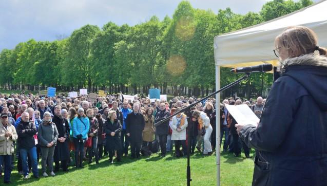 Viele Redebeiträge riefen Wissenschaftler, Journalisten und alle Menschen dazu auf, ihre Stimme gegen Populismus und Nationalismus zu erheben.(Foto: DAZ.online)