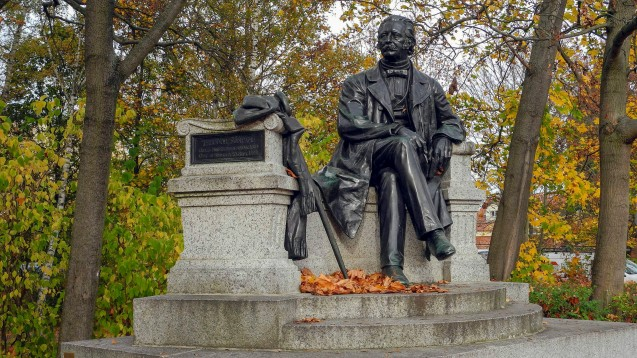 Wer hätt's gedacht? Theodor Fontane war Schriftsteller, Journalist, Theaterkritiker - und Apotheker! (Foto: Imago)