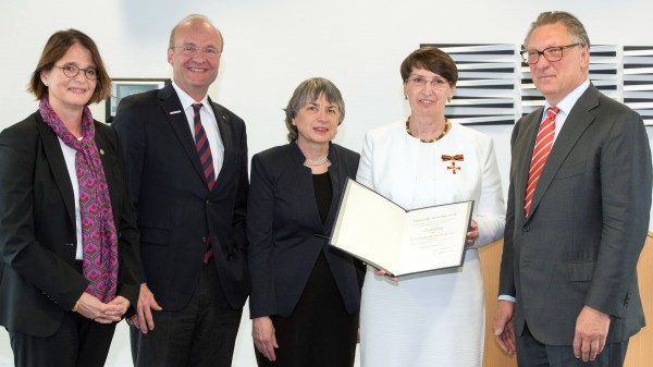 Irene Krämer erhält Bundesverdienstkreuz