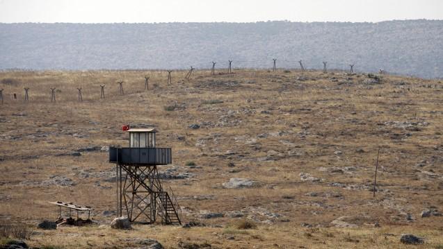 """Die von """"Apotheker ohne Grenzen"""" unterstützte Klinik steht heute etwas weiter von der türkisch-syrischen Grenze entfernt. (Foto: dpa)"""