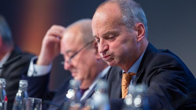 Sollen Fritz Becker (li.) und ABDA-Präsident Friedemann Schmidt (re.) die Plan-B-Angebote aus dem Bundesgesundheitsministerium akzeptieren? (c / Foto: Schelbert)