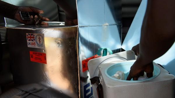 15 Kinder sterben nach Impfung mit verschmutzter Spritze
