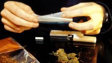 Opiatentzug macht nervös und Marihuana beruhigt die Nerven. Forscher der LMU-München untersuchen, ob Cannabis in der Substitutionsmedizin eingesetzt werden könnte. (s / Foto: Imago)