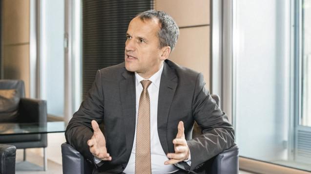 Der CDU-Arzneimittelexperte Michael Hennrich denkt um: Aus seiner Sicht müssen statt dem Rx-Versandverbot nun neue Wege her. (Foto: Külker)