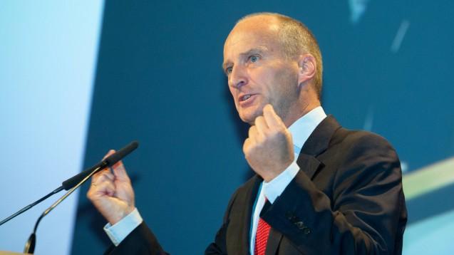 ABDA-Präsident Friedemann Schmidt hofft auf politische Unterstützung aus Berlin, wenn es um die Übernahme der Teleclinic durch Zur Rose geht. (c / Foto: imago images / Oryk HAIST)