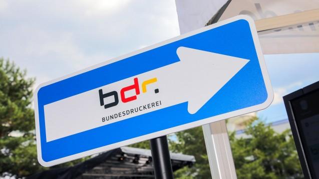 Die Bundesdruckerei-Tochter D-Trust hat von der Gematik und den ersten Landesapothekerkammern die Zulassung als Anbieter für den elektronischen Heilberufsausweis (eHBA) für den Sektor Apotheken erhalten. (c / Foto: imago images / Jürgen Schwarz)