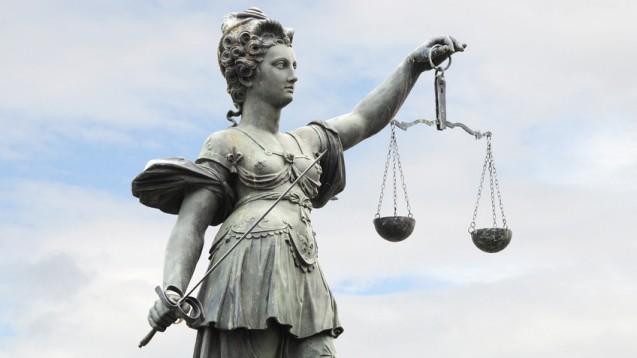 Das Landessozialgericht Stuttgart musste sich mit der Frage befassen, welche Vergütung für einen BKK-Vostand angemessen ist. (Foto: Stefan Welz / Fotolia)