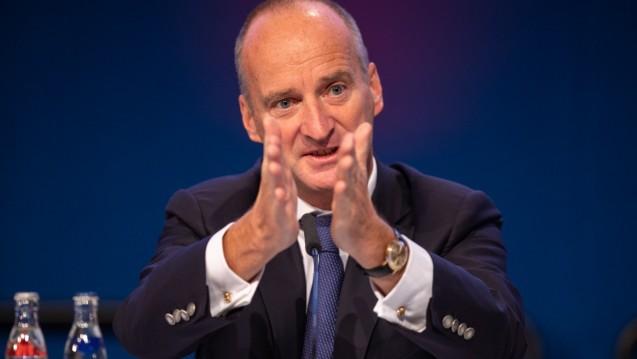 Friedemann Schmidt bricht sein Schweigen: Bei der gestrigen Kammerversammlung in Kiel erklärte der ABDA-Präsident, welche Optionen die ABDA mit dem Bundesgesundheitsministerium analysiert hat. ( r / Foto: Schelbert)