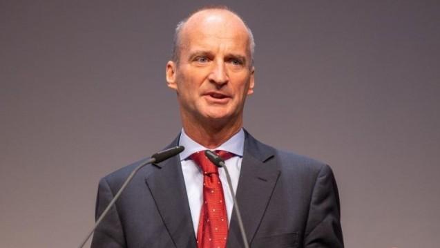 ABDA-Präsident Friedemann Schmidt hat sich zum Fall Zolgensma geäußert. Auch er findet die Preiskalkulation des Herstellers schwierig. (t/Foto: Schelbert)