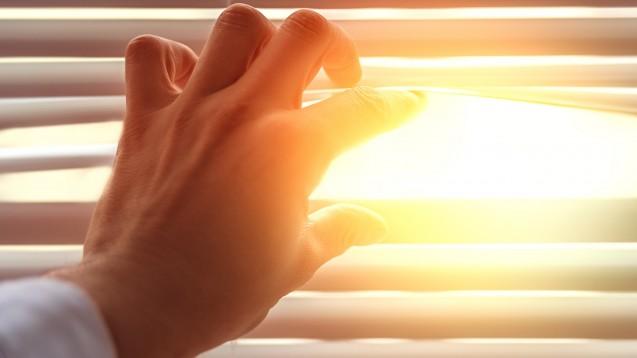 Eine durch nachhaltige Nutzung der Ressourcen weniger komplex werdende Wirtschaft könnte, laut einer wissenschaftlichen Untersuchung, auch medizinische Behandlungsmethoden und Technologien einschränken. (c / Foto: detailblick-foto / stock adobe.com)