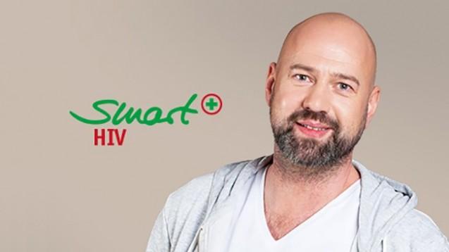 Smart HIV soll HIV-Infizierte besser durch die Therapie begleiten. Der Verband Sozialer Wettbewerb sieht die Werbung hierfür jedoch kritisch. (Foto: EAV)