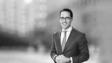 Dr. Jan-Philipp Hoos ist vorläufiger AvP-Insolvenzverwalter. (x / Foto: Kanzlei White & Case)