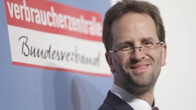 VZBV-Chef Klaus Müller will ein Verbot des Rx-Versandhandels vermeiden. (Foto: Picture Alliance)