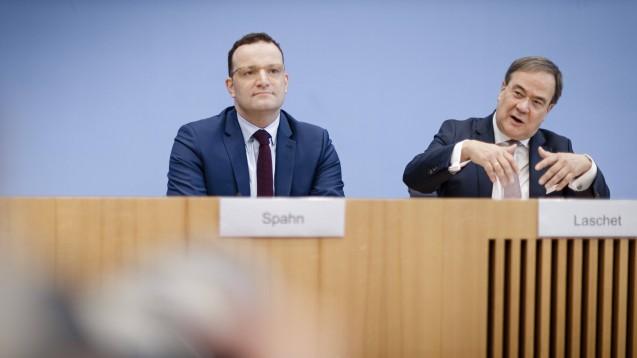Bundesgesundheitsminister Jens Spahn und NRW-Ministerpräsident Armin Laschet werben gemeinsam für mehr Zusammenhalt im Land und in der CDU. (c / Foto: imago images / photothek)