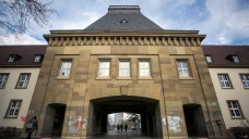 Nicht für jeden offen: Kooperationsverträge mit der Boehringer Ingelheim Stiftung möchte die Universität Mainz nicht veröffentlichen. (Foto: picture alliance / dpa)